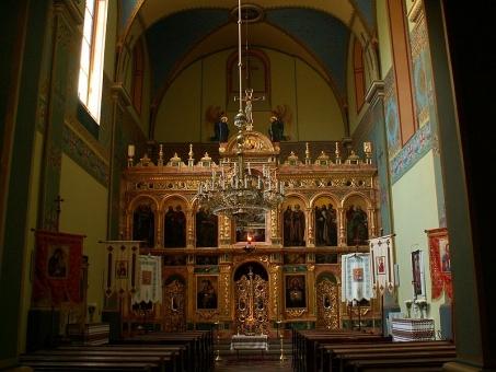 krak_3_800px-st._norbert_greek_catholic_church-inside_11wislna_street_krakowpoland.jpg